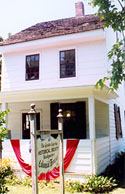 ColonialHouse2