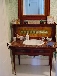 gallagherhousebathroom