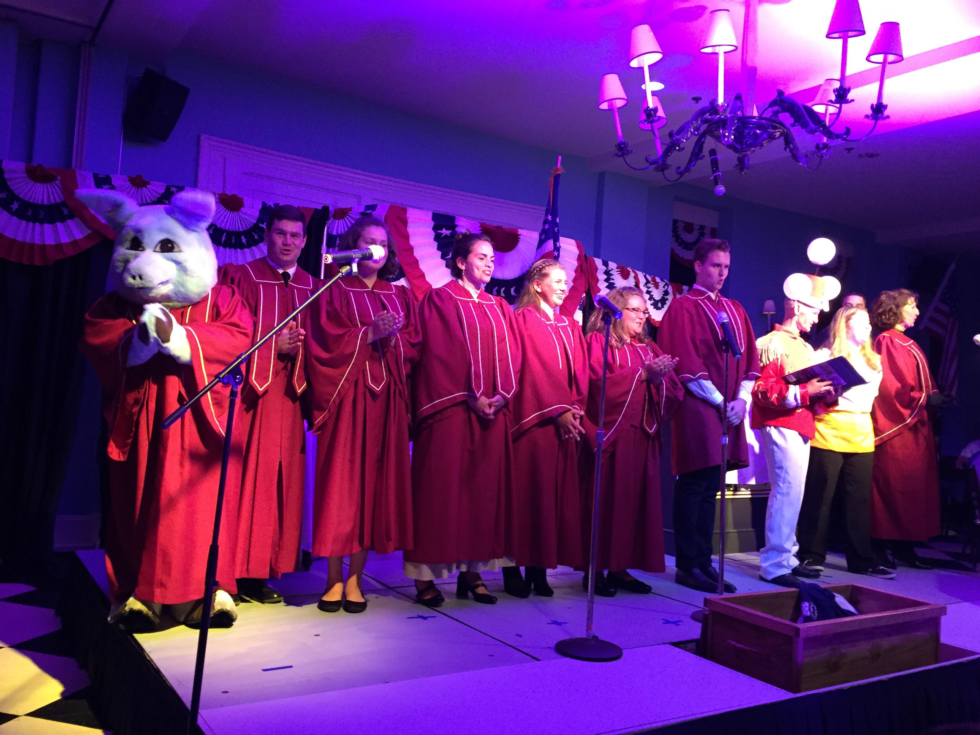 Blue the Pig in choir robes
