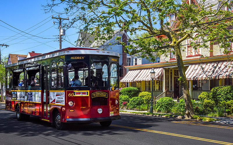 Tour trolley from Cape May MAC