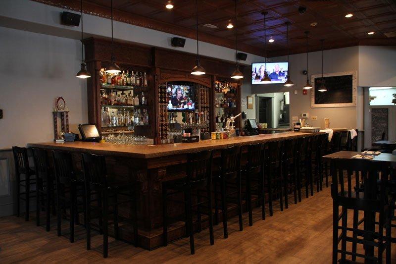 5 West Pub