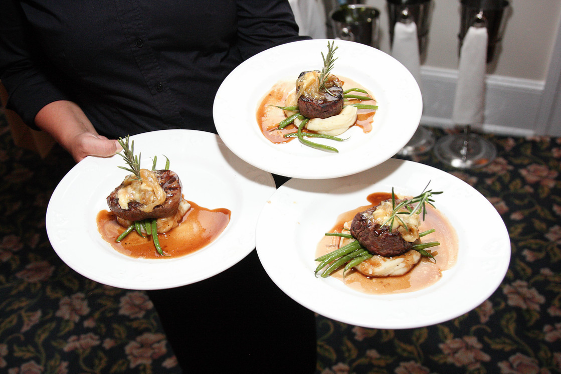 Union park dining room cape may area restaurants and dining award winning food served in a casually elegant atmosphere ocean view front porch amazing cuisine and excellent service private dining rooms available dzzzfo