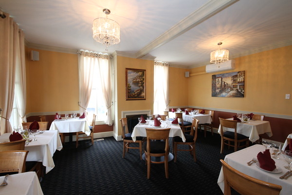 Sapore Italiano Is A Fine Dining Restaurant Offering The Best Quality  Traditional Italian Dishes.