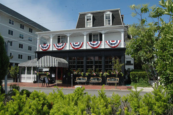 Cape May Hotels >> Merion Inn – Cape May Beach Weddings | CapeMay.com