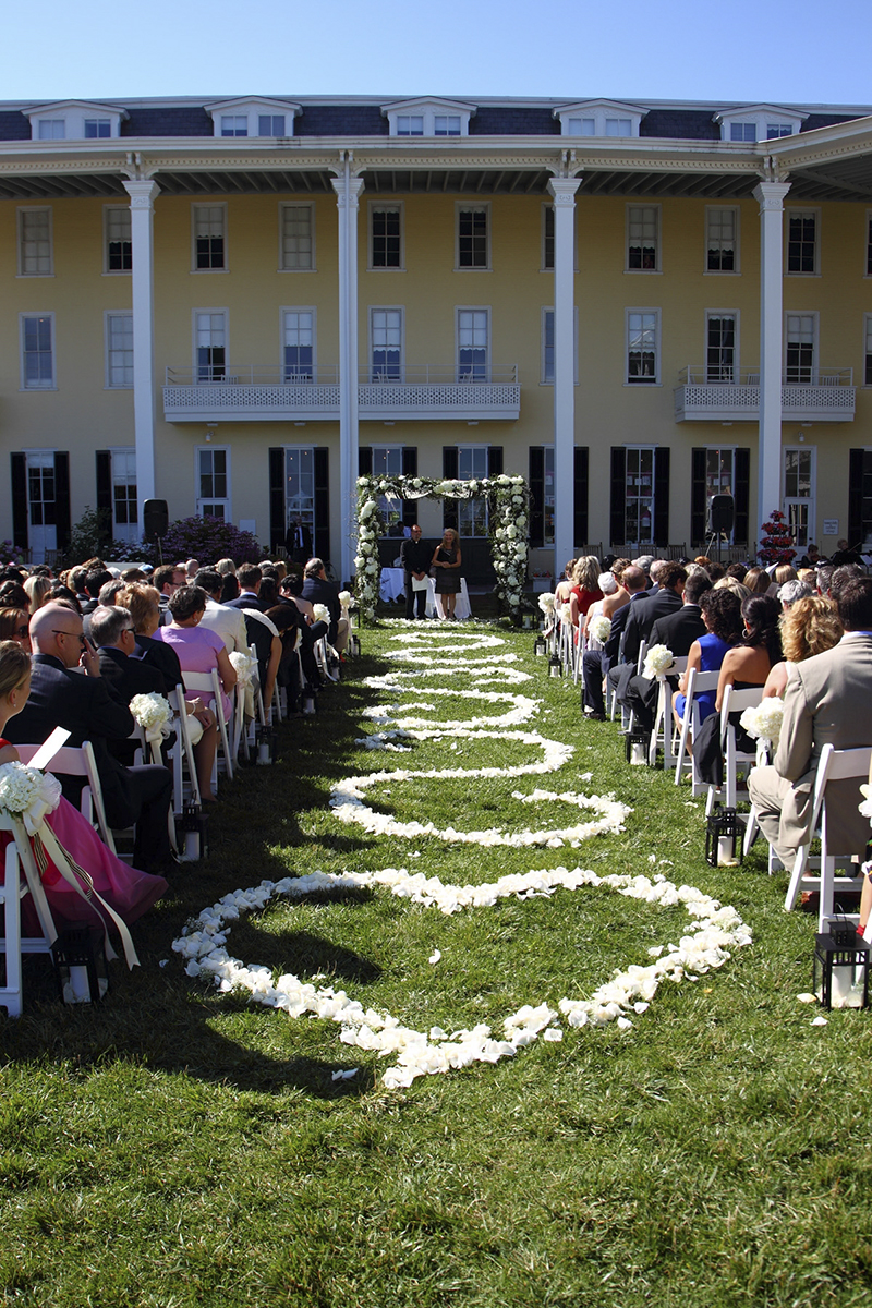 These Amenities And The Historic Charm Of Cape May Make Congress Hall Most Exclusive Wedding Destination At Jersey S